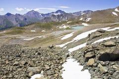 在夏时的高山Moutains 图库摄影