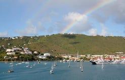 在夏洛特Amilee,圣托马斯, USVI的双重彩虹 图库摄影
