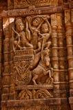 在外壁上的被雕刻的神象, Hatkeshwar Mahadev, 17世纪寺庙, Nagar婆罗门家庭神  瓦德纳加尔 免版税库存图片