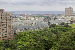 在多云天俯视花莲县海边  图库摄影