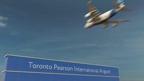 在多伦多皮尔逊国际机场3D翻译的商业飞机着陆 免版税库存图片