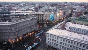 在多瑙河的皮船在布达佩斯,匈牙利 股票视频