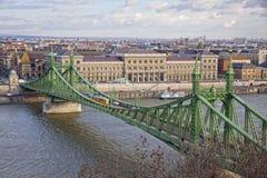 在多瑙河的自由桥梁在布达佩斯 图库摄影