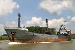 在多瑙河的船 图库摄影