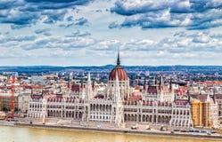 在多瑙河的议会在布达佩斯 库存图片