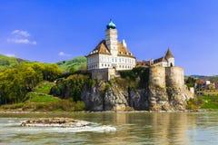 在多瑙河的Schonbuhel城堡 库存图片