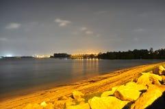 在夜的静止的Yishun北海岸 库存图片