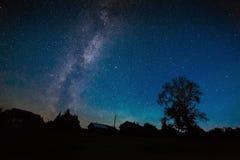 在夜空的星银河 库存照片
