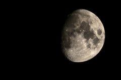 在夜空的月亮 免版税库存图片