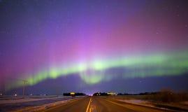 在夜空的极光borealis 免版税库存照片
