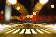 在夜背景的抽象都市风景 免版税库存图片