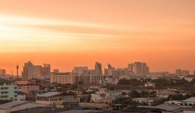 在夜间光的曼谷视图 免版税库存照片