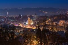 在夜魔术的冬天童话 免版税库存图片