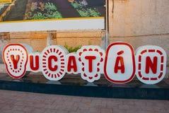 在大信件尤加坦,标志尤加坦的题字 墨西哥 免版税库存照片