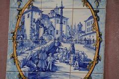 在大厦的蓝色azulejos在里斯本,葡萄牙 免版税图库摄影