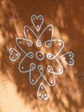 在大厦绘的部族设计 免版税库存照片