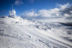 在大山的深刻的冬天 库存照片