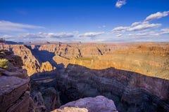 在大峡谷亚利桑那的全景 库存图片