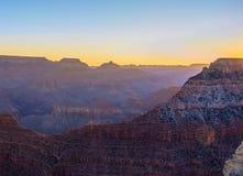 在大峡谷的平静的日出 库存图片