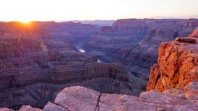 在大峡谷的美好的日落 库存照片