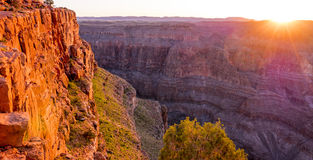 在大峡谷的美好的日落 免版税库存照片