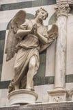 在大教堂佛罗伦萨的天使 库存照片