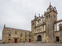 在大教堂和修道院大厦的看法在Viseu -葡萄牙 免版税库存图片