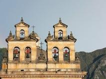 在大教堂的塔的响铃在波哥大,哥伦比亚。 免版税图库摄影
