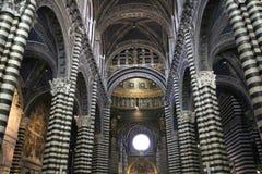 在大教堂里面的锡耶纳意大利 免版税图库摄影