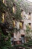 在大理剧院和博物馆,西班牙的庭院视图 免版税库存照片