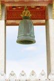 在大理石寺庙的钟楼或Wat Benchamabophit Dusitvanaram在曼谷,泰国 库存图片