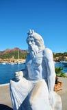 在大理石的雕象在波尔托阿祖罗,在厄尔巴岛海岛,意大利 图库摄影