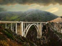 在大瑟尔的阴暗天,加利福尼亚 免版税库存照片