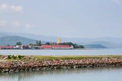 在大菩萨纪念碑的看法在酸值苏梅岛 库存照片