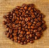 在大袋的咖啡豆 库存照片