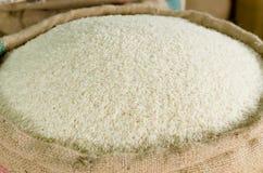 在大袋的米 免版税图库摄影