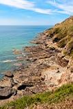 在大西洋海岸的岩石在诺曼底 免版税库存图片