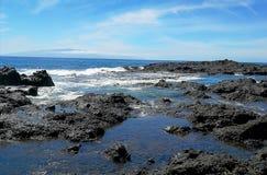 在大西洋海岸的浪潮水 库存照片