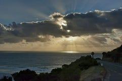 在大西洋的日落从沿街叫卖者的高峰驱动。 免版税库存图片