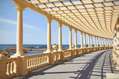 荫径在波尔图,葡萄牙 库存照片