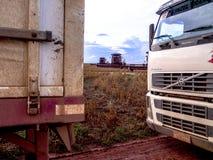 在大豆收获的卡车 图库摄影