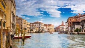 在大运河的看法在浪漫威尼斯,意大利 免版税库存图片