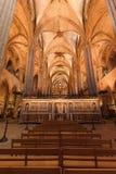 在大量期间的巴塞罗那大教堂 免版税库存图片