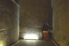 在大金字塔里面 在金字塔里面 房间和走廊 免版税库存图片