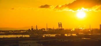 在大阪市日本附近的城市视图 免版税库存照片