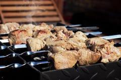 在大阳台的烤肉 库存照片