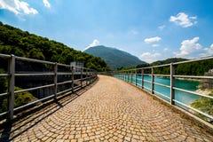 在大水坝的大看法 库存照片