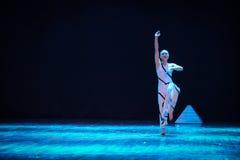 在天堂和地球差事之间到迷宫现代舞蹈舞蹈动作设计者玛莎・葛兰姆里 库存图片