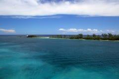 在天堂海岛拿骚巴哈马上的灯塔 免版税库存照片