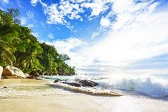 在天堂海滩anse乔其纱的晴天, praslin塞舌尔群岛35 库存照片